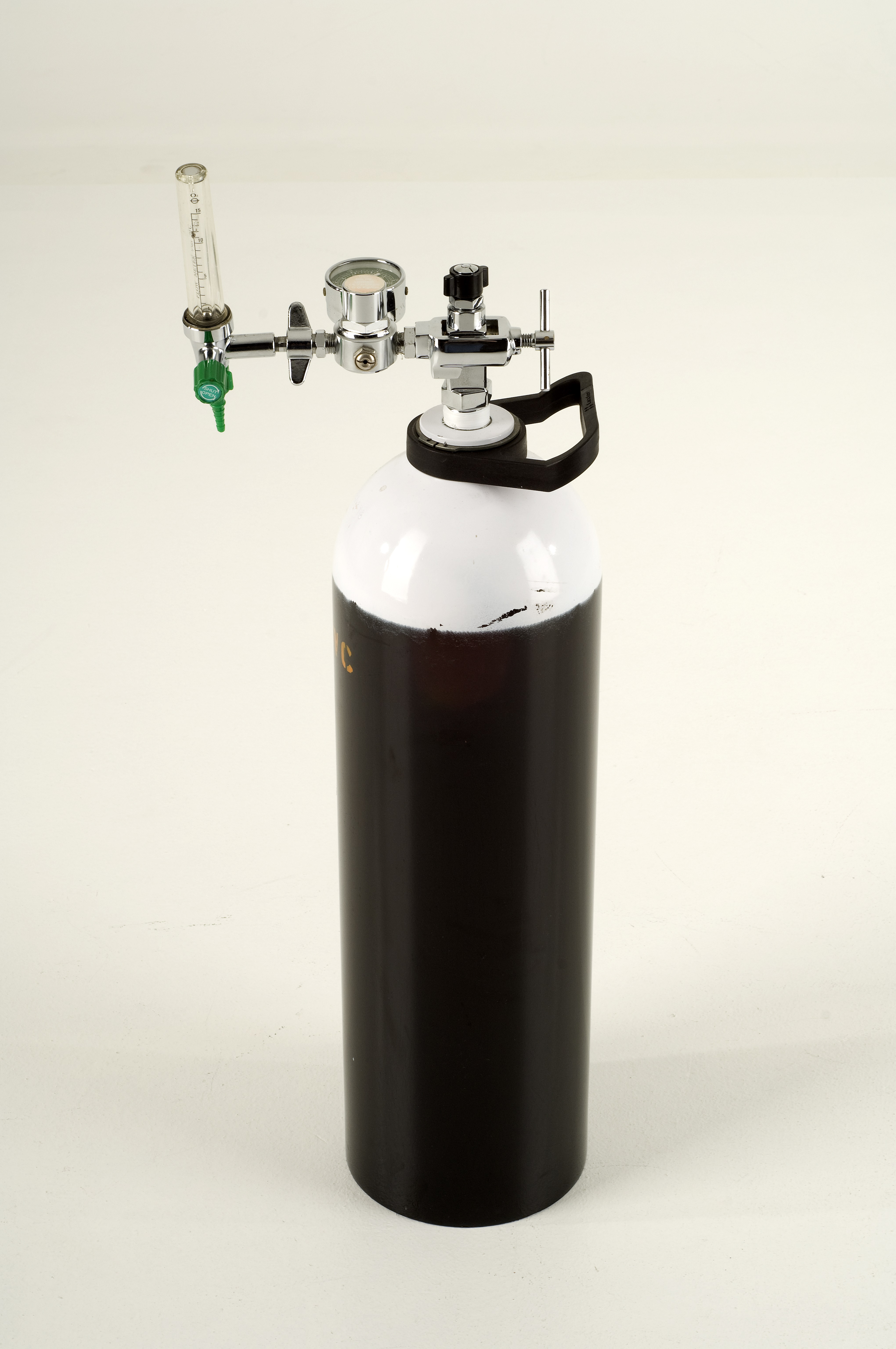 Equipment for Sale & Rent   AED & Oxygen Cylinders